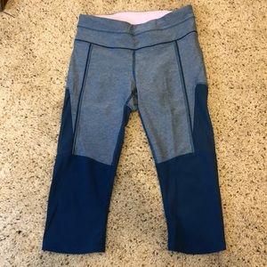lululemon athletica Pants - Cropped yoga pants